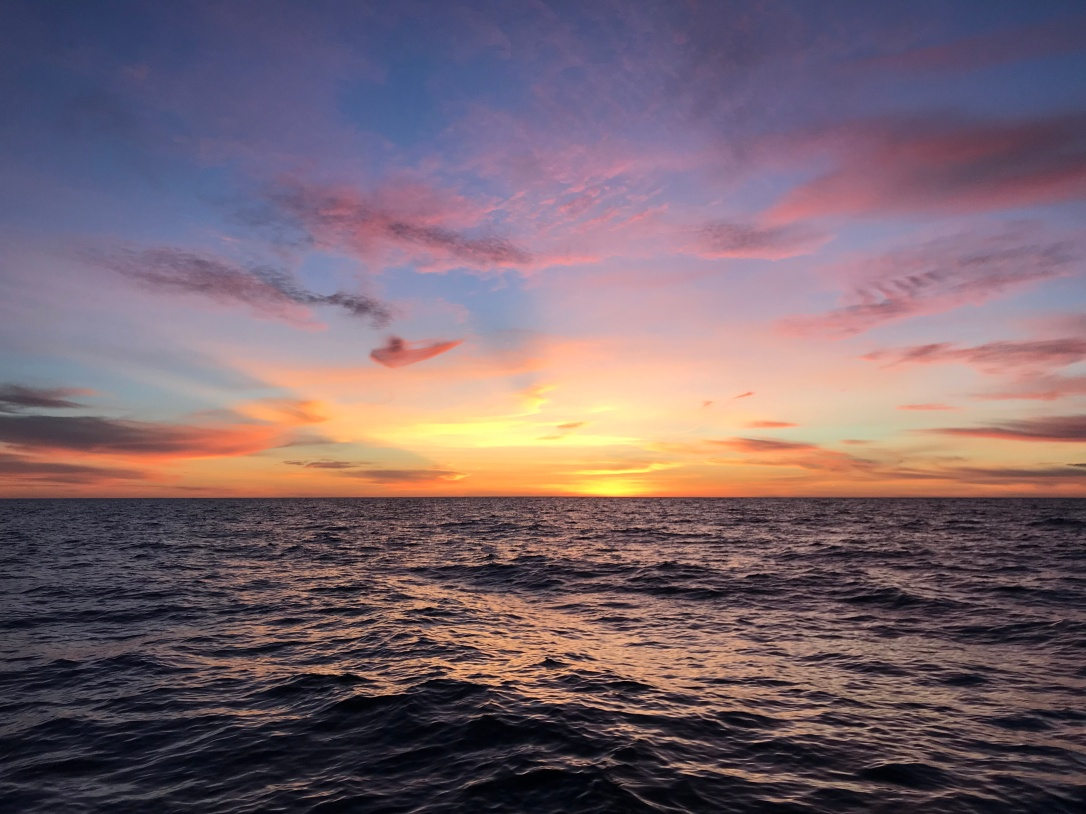 CH1_07_SunsetCatalina